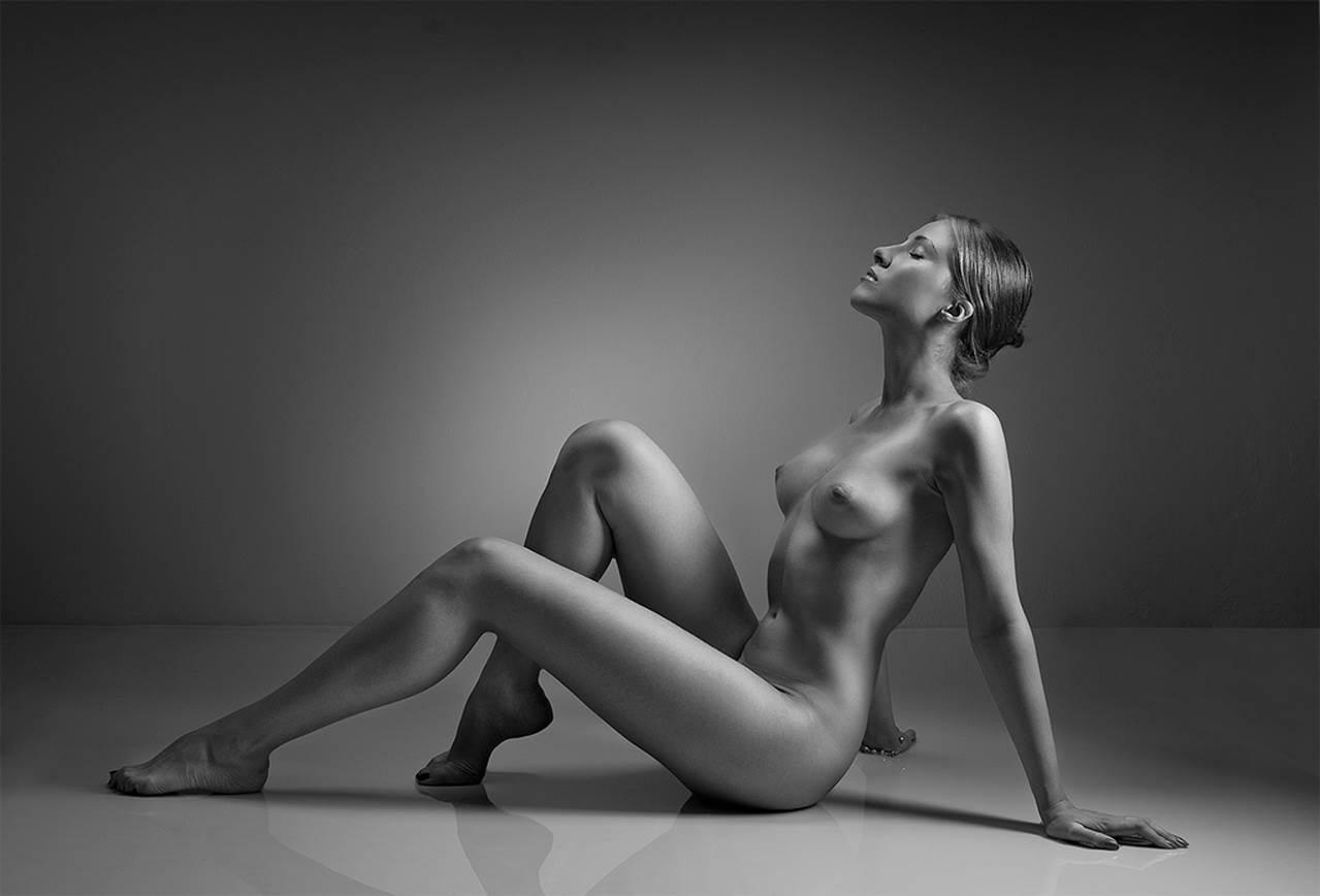 Photography nude girl 1