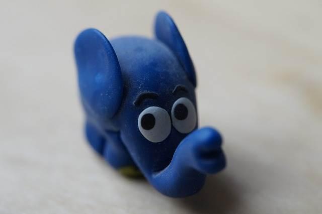 Слон из полимерной глины фото