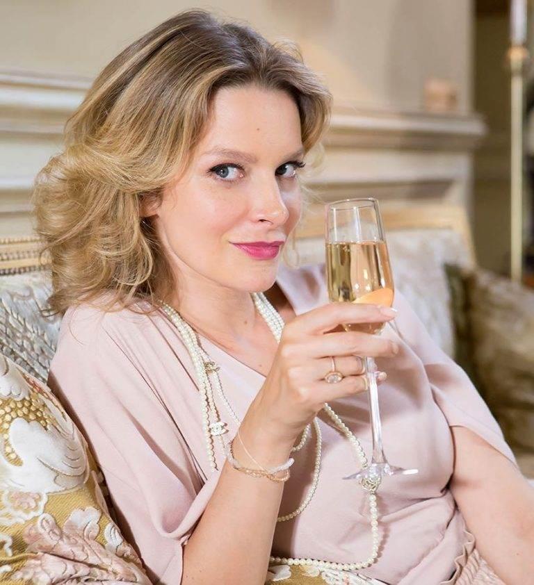 Актриса Александра Флоринская фото