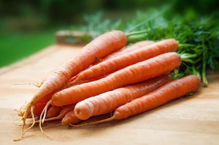 Июльская морковь