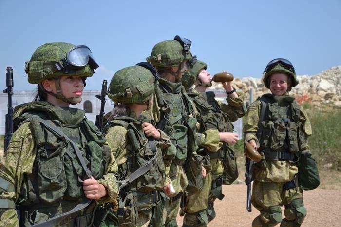 Солдатки участницы