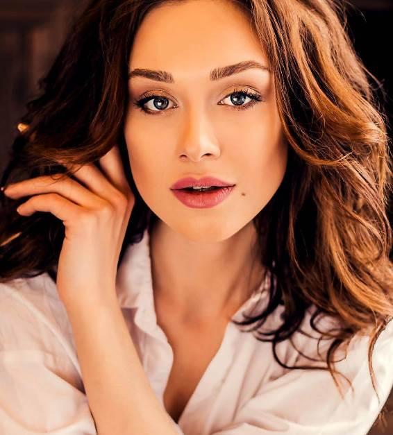 Актриса Юлия Франц