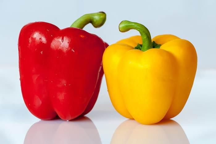 Красный и жёлтый перец